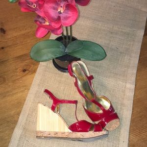 Enzo Angiolini Women's  7 red patent leather wedge